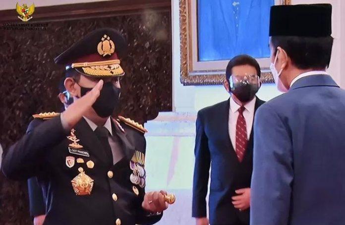 Pelantikan Kapolri Listyo Sigit Prabowo di Istana Negara pada Rabu, 27 Januari 2021. (Foto: Antaranews)