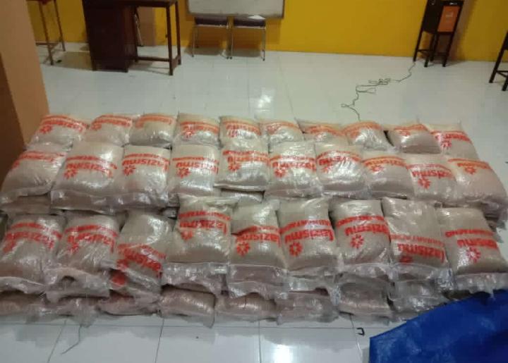 Beras 169 karung @ 5 kilogram terkumpul dari warga dan simpatisan Muhammadiyah Bantaeng untuk korban gempa Mamuju