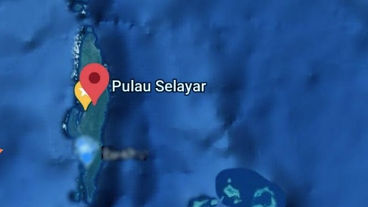 Pulau di Kepulauan Selayar.