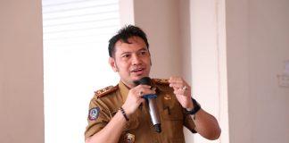 dr. Andi Ihsan, Kepala Dinas Kesehatan Bantaeng saat presentasi tentang Bantaeng Rujukan Stunting pertama di Indonesia, Senin (15/2/2021).