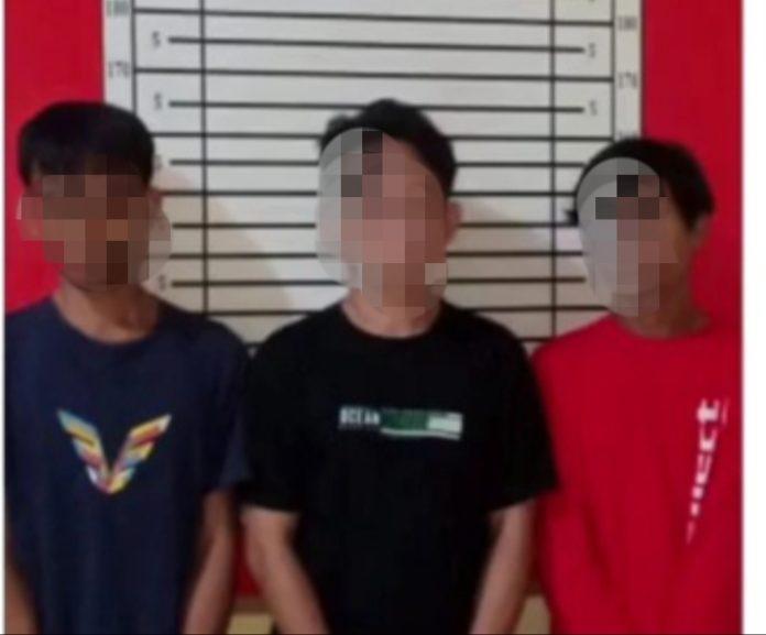Tiga warga Kabupaten Jeneponto ditangkap pada saat sedang menikmati sabu-sabu.