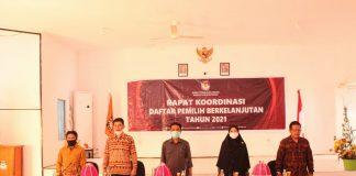 Komisioner KPU Kabupaten Bantaeng pada acara Rapat Koordinasi Pemutakhiran Jumlah Pemilih Triwulan Kedua, Juni 2021.
